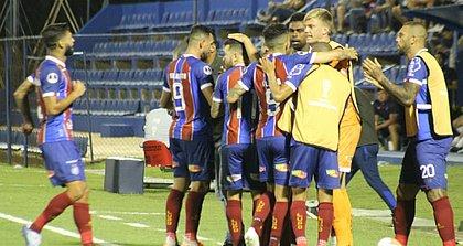 Bahia voltou a vencer o Nacional-PAR e se garantiu na segunda fase da Copa Sul-Americana