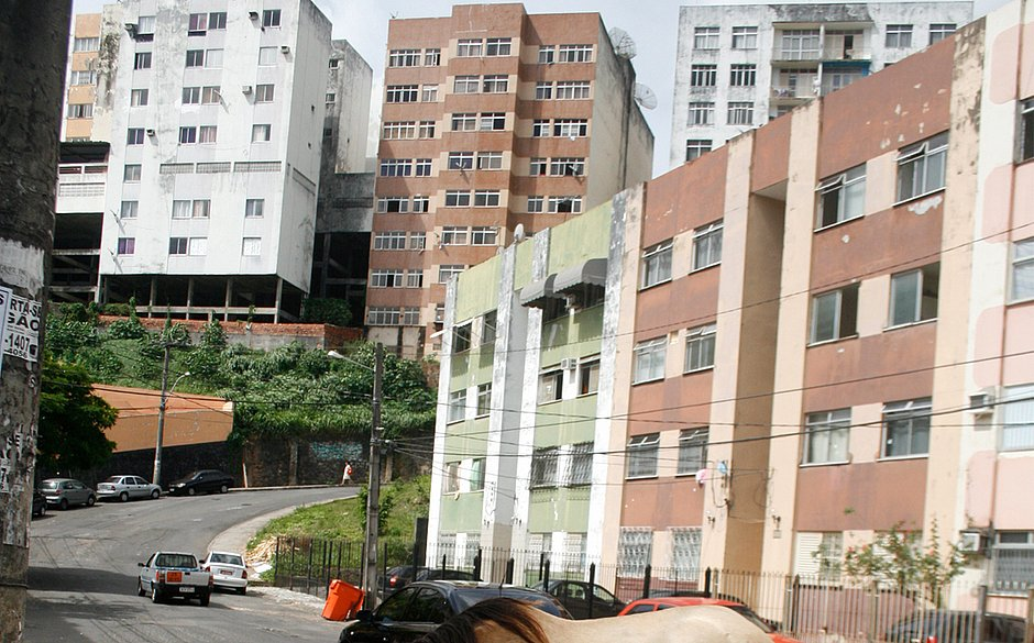 Moradores de Salvador também relatam tremor: 'balançou tudo aqui em casa'