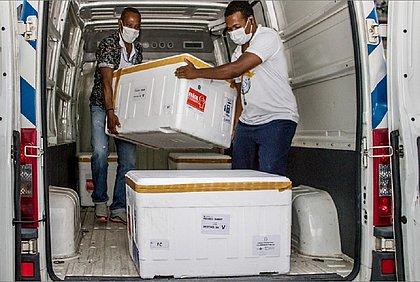Nova remessa de vacinas chegou às 11h desta quinta em Salvador