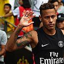 Em um ano de PSG, Neymar coleciona polêmicas