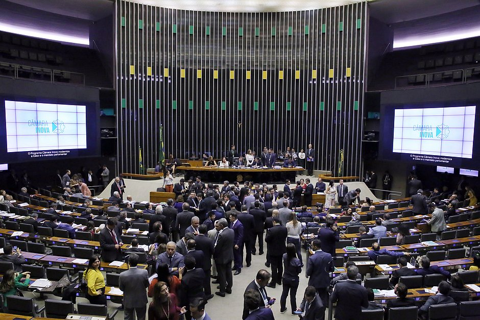 Câmara conclui votação da MP do FGTS; texto segue para o Senado