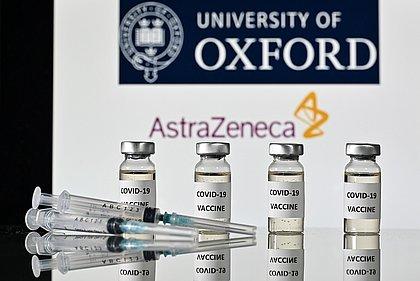 Eficácia maior com dose menor é 'intrigante', diz líder do estudo da vacina de Oxford