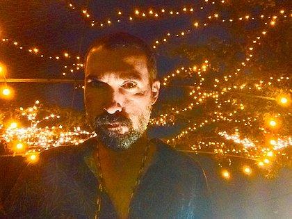 O cantor Mauro Pithon foi integrante da banda Úteros em Fúria