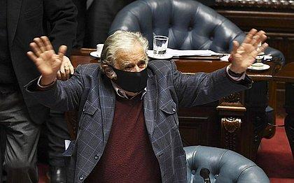 Conselheiro do TCE-BA pede moção de aplauso para José Mujica