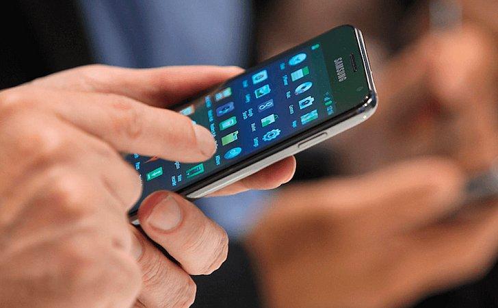 Anatel começa a notificar donos de celulares piratas em 10 estados
