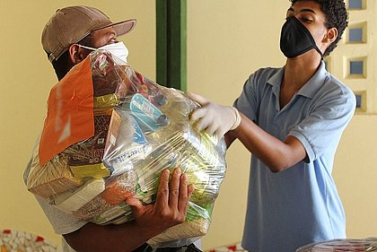 Ação da Cidadania distribui cestas básicas neste domingo (27); confira como doar