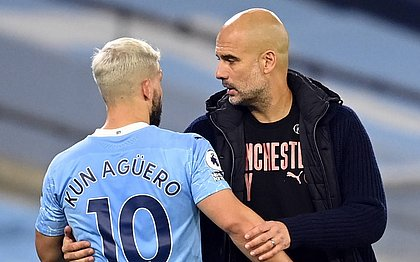 Prestes a deixar o City, Aguero recebeu elogios do técnico da equipe, Guardiola
