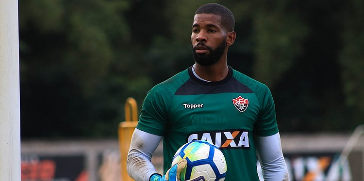 Conheça a história de João Gabriel, goleiro do Vitória até 2021