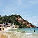 Primeira Praia, em Morro, recebeu turistas nesta quinta