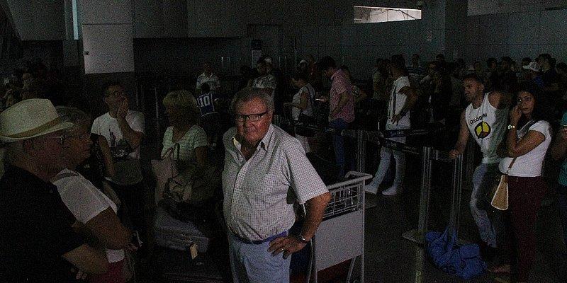 Superaquecimento em cabos foi causa de apagão no Aeroporto de Salvador