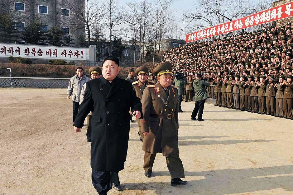 Seul responde a teste nuclear norte-coreano com manobras militares