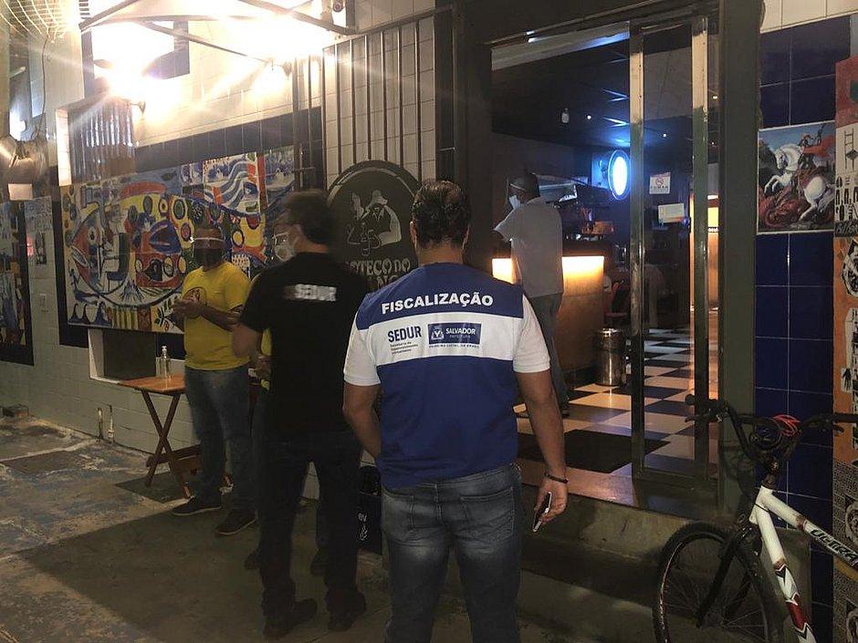 Neto critica associação de bares e restaurantes após carta aberta: 'Inoportuna'