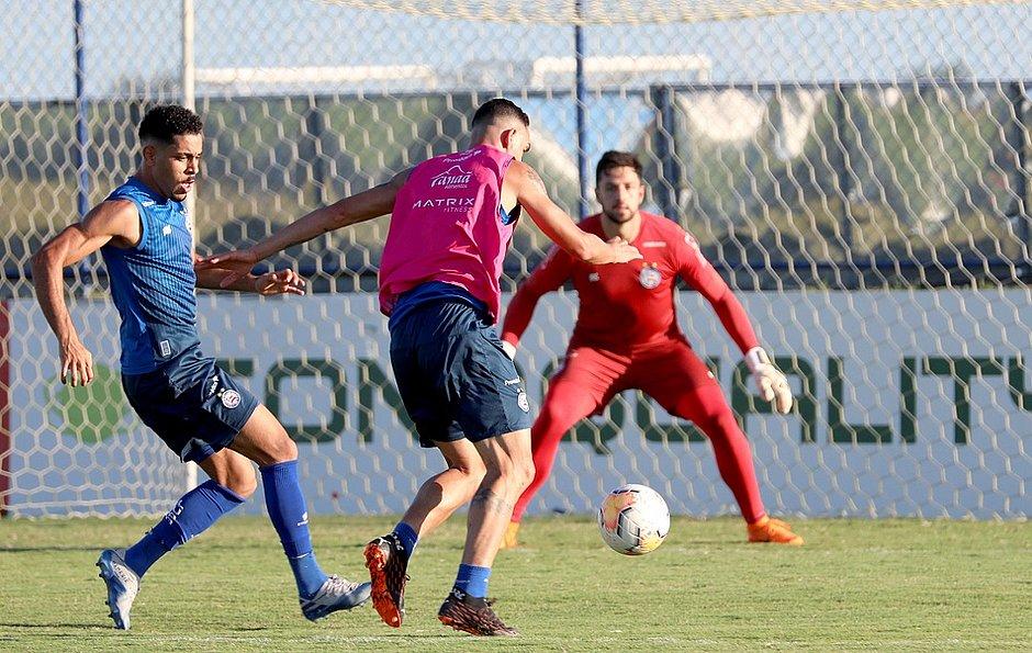 Elenco do Bahia fez o último treino antes da partida contra o Unión