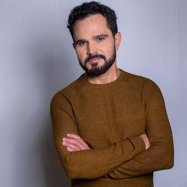 Luciano Camargo se lança na música gospel em seu primeiro trabalho solo