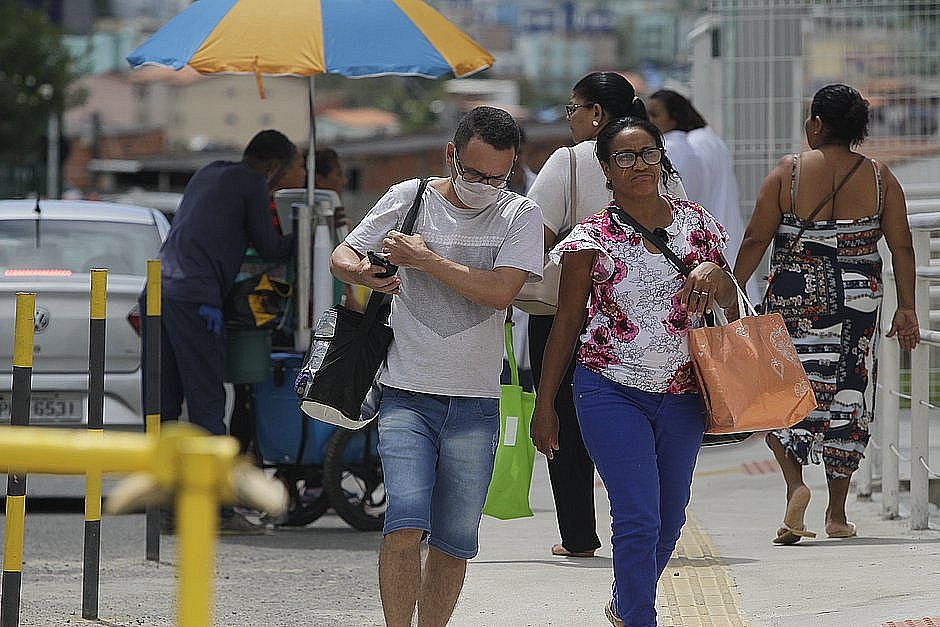 Bahia tem 604 casos de coronavírus; 66 são da área de saúde