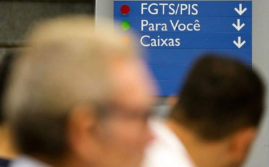 Nova proposta quer limitar os saques do FGTS a R$ 500 em 2019