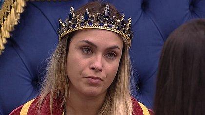 Equipe de BBB Sarah se posiciona sobre Bolsonaro: 'simpatiza, mas não apoia'