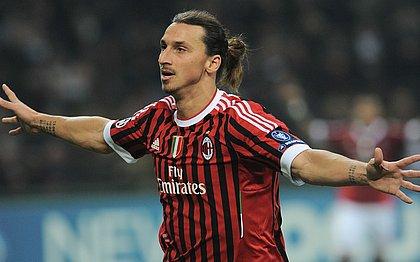 Ibrahimovic deve voltar ao Milan e assinar por seis meses