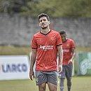 Atacante Marcinho levou o terceiro amarelo e não encara o Botafogo