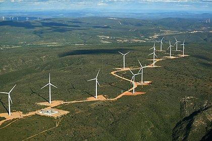 Limpa e sustentável, energia eólica pode reduzir custos na mineração baiana