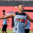 Felipe Garcia está treinando na Toca do Leão desde o início do mês