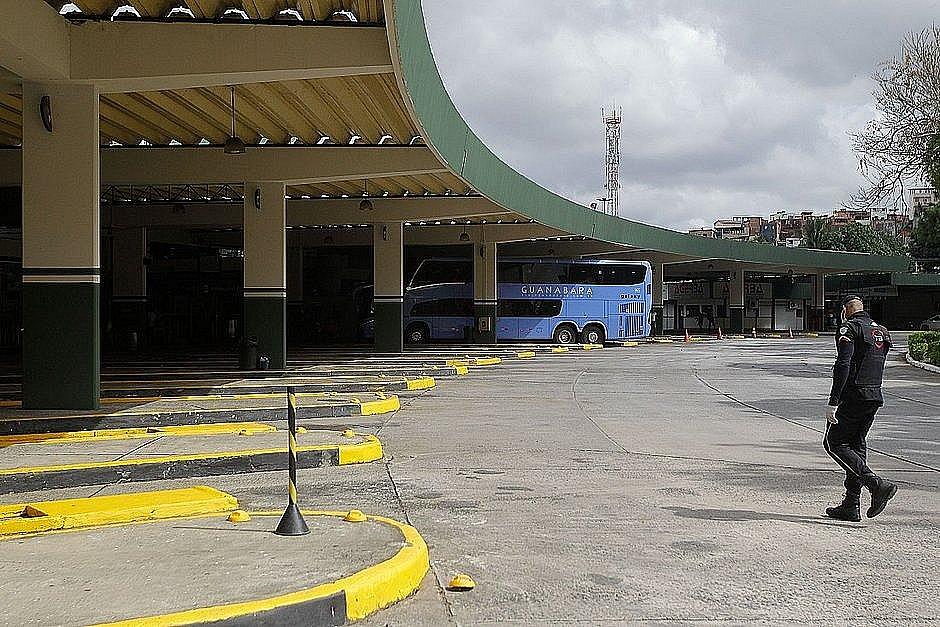 Bahia tem mais três cidades com transporte suspenso; total chega a 347