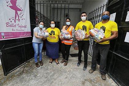 VLT do Subúrbio doa mais de 700 kg de mantimentos