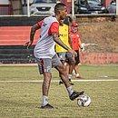 Atacante Mateusinho treina na Toca do Leão e é mais uma opção para o técnico Ramon Menezes e é