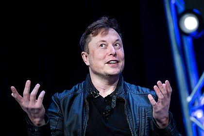 Musk dá a entender que Tesla pode se desfazer de bitcoins que já recebeu