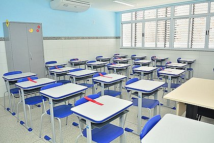 'Pais precisam dar o exemplo': infectologista dá dicas para uma volta às aulas mais segura