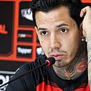 Victor Ramos chegou ao Vitória em março e sai dois meses depois