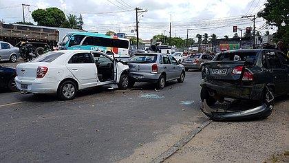 Pirajá: motorista de aplicativo e suspeito morrem em tentativa de assalto