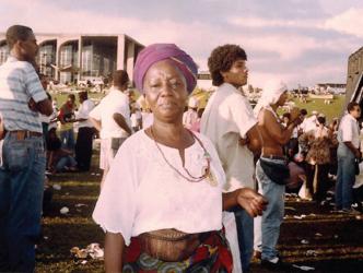 Makota Valdina na Marcha Zumbi 300 anos