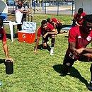 Carleto, Wesley e Jordy Caicedo treinam no CT do Avaí