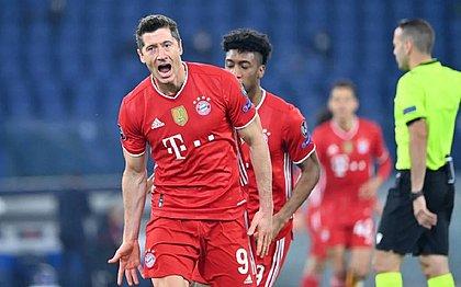 Lewandowski foi autor de um dos gols no triunfo do Bayern sobre a Lazio