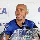 Nilton falou sobre a renovação e a disputa por posição no Bahia