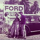 A foto de Ayeska Paulafreitas mostra a placa da Ford que virou praia