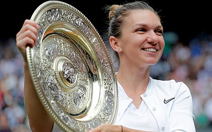 Halep bate Serena e é a 1ª romena campeã em Wimbledon