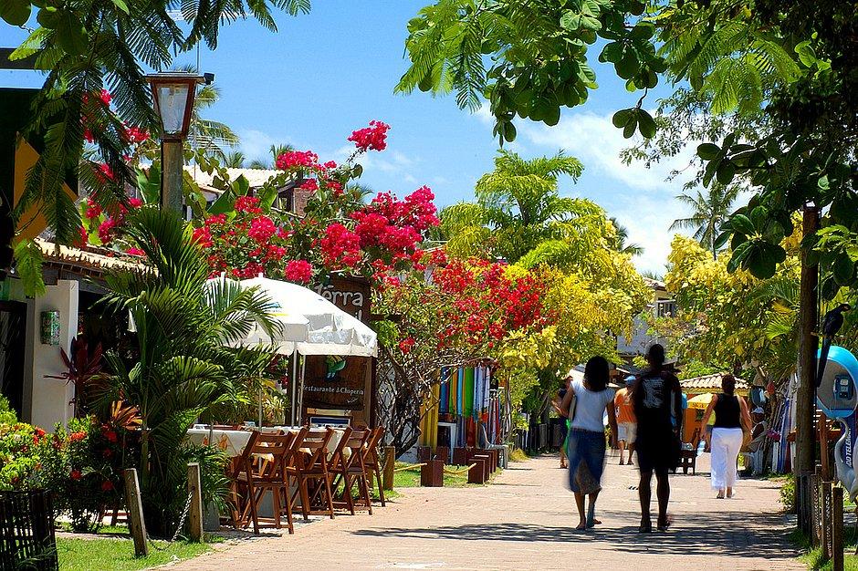 Restaurantes de Praia do Forte e Imbassaí reabrem no próximo sábado (1)