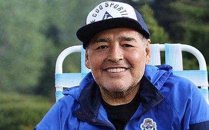 Maradona recebeu alta médica no início da noite desta quarta-feira (11)