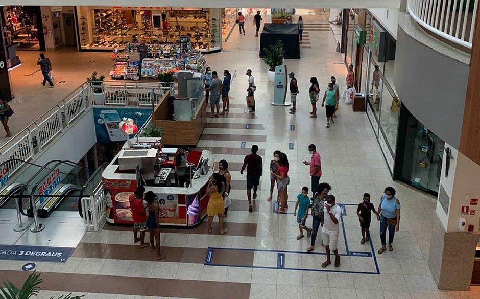 Segundo dia de shoppings abertos registra movimento tranquilo – Jornal Correio