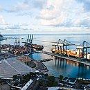 Vista aérea do Tecon no Porto de Salvador
