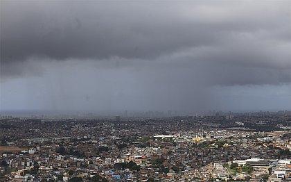 Final de semana será de chuva em Salvador