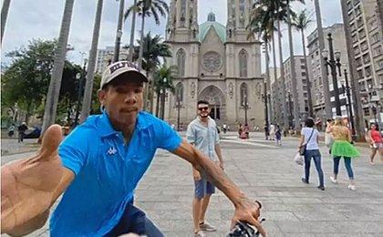 Turista fotografa tentativa de roubo do próprio celular em São Paulo