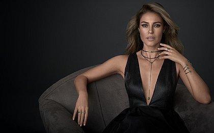 Olha como era o visual da atriz Paolla Oliveira