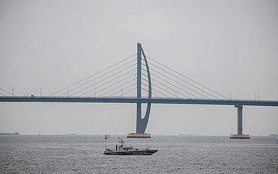 A ponte Hong Kong-Zhuhai-Macau (HKZM) em Zhuhai, na véspera da sua cerimônia de abertura. A mais longa ponte sobre o mar será aberta ao tráfego em 24 de outubro de 2018.