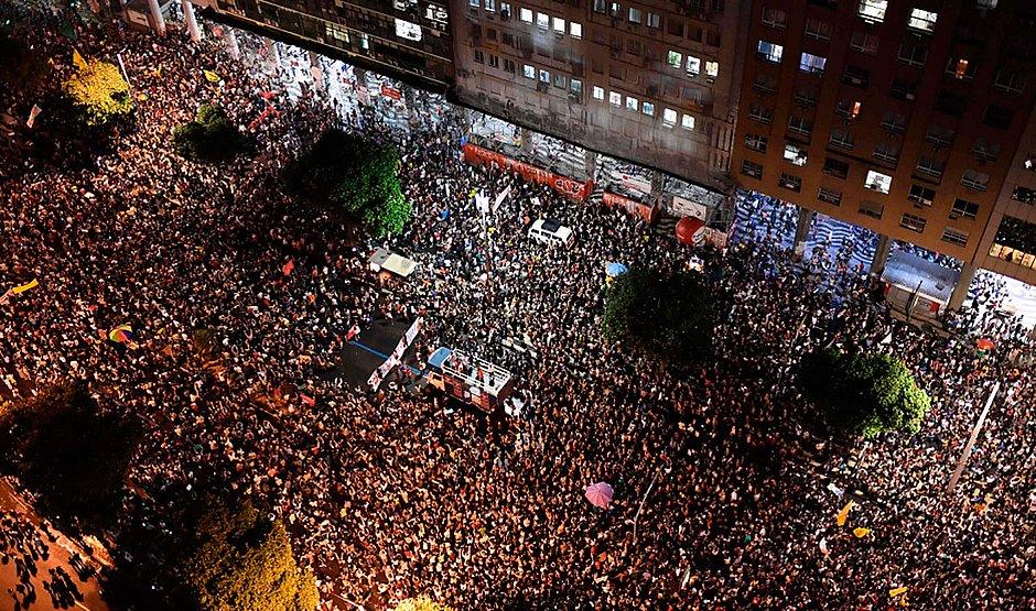 Protesto no Rio seguiu à noite