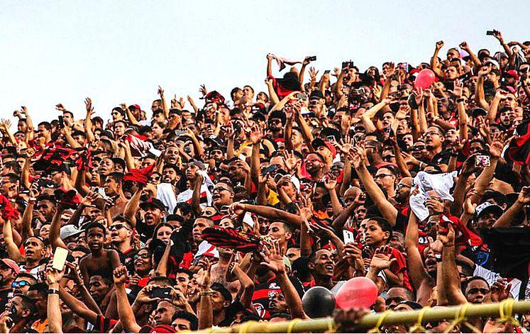Vitória inicia venda de ingressos para jogo o contra o Sport - Jornal  CORREIO  3f2ad445675f5