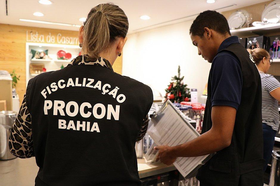 Procon vai fiscalizar a venda de produtos natalinos