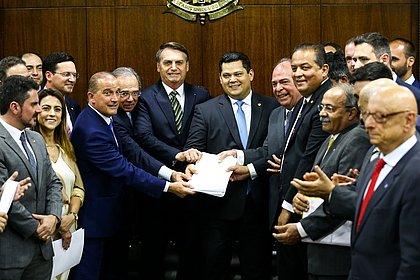 Visando eleições na Câmara e no Senado, relator decide deixar PEC Emergencial para 2021